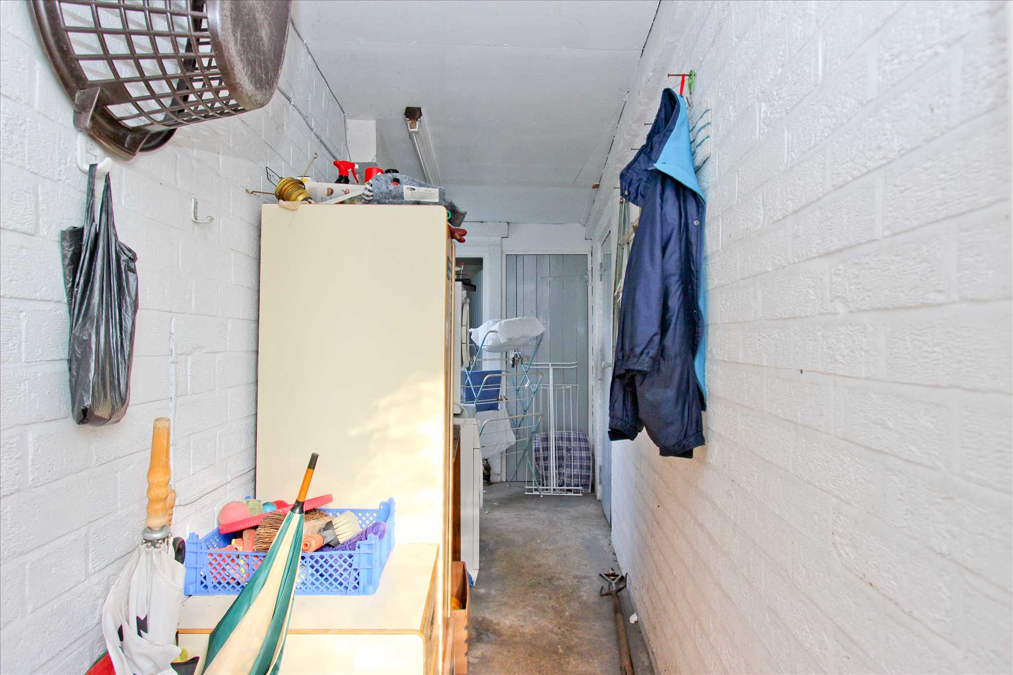 Property Image Side Entry/Utility Area