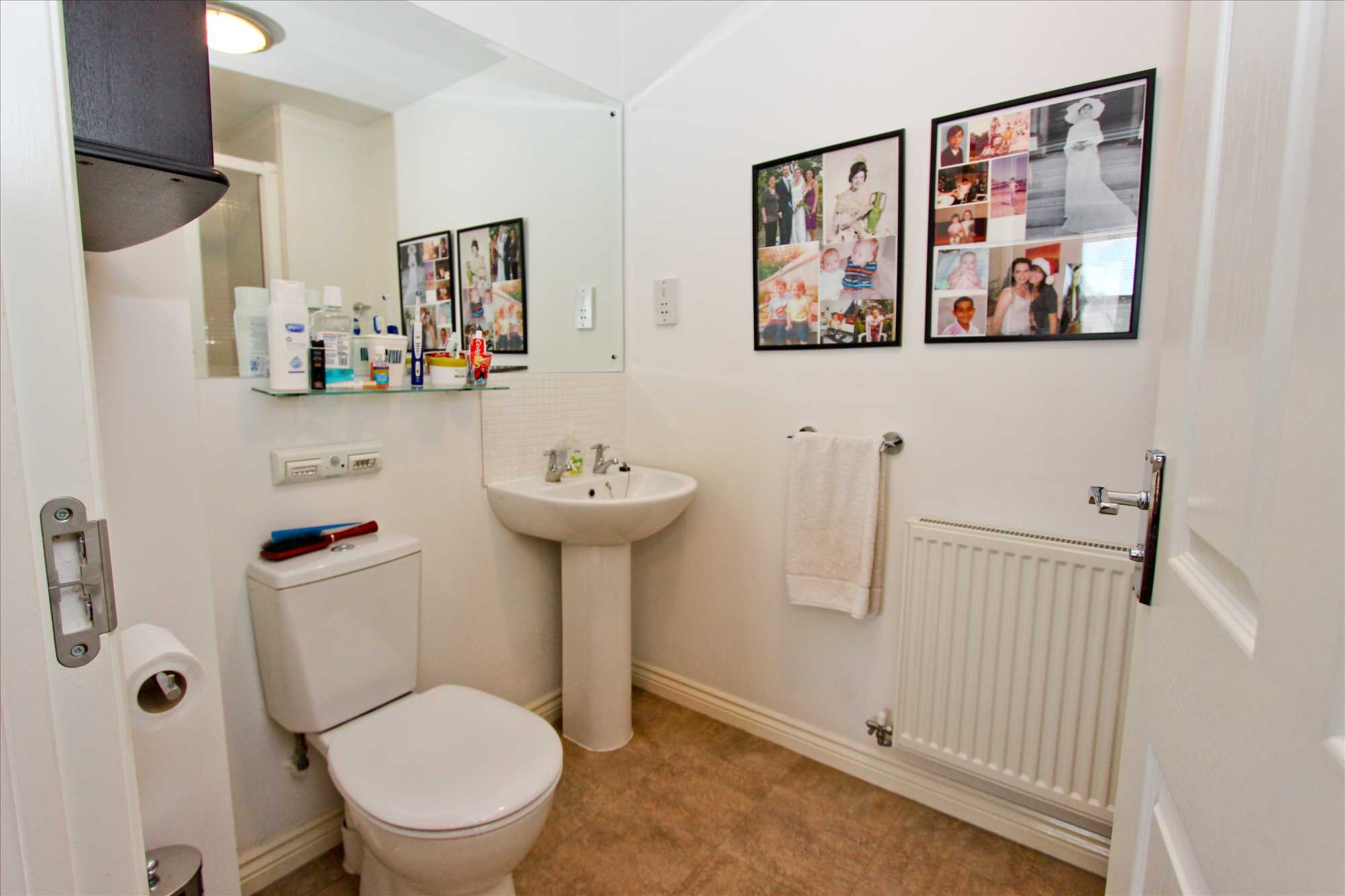 Property Image En-Suite Shower room